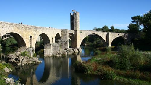 visiter Besalu - Le pont