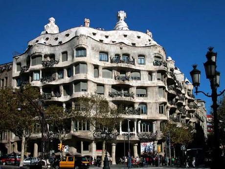 Casa Mila guide Gaudi à Barcelone