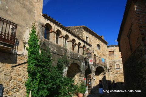 peratallada - Villages de la Costa Brava