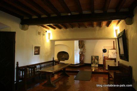 Chateau de pubol (2)