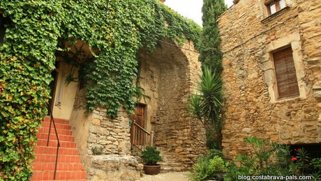 villages médiévaux de la Costa Brava - Palau Sator