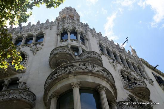 modernisme à Barcelone - casa leo morera