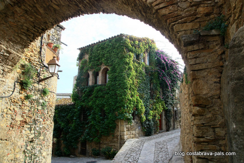 Peratallada en Catalogne - le village