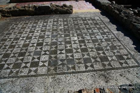 visiter Tossa de Mar espagne costa brava villa romaine d'els Ametllers