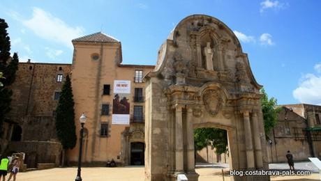 Découvrir Sant Feliu de Guixols à pied - porta ferrada