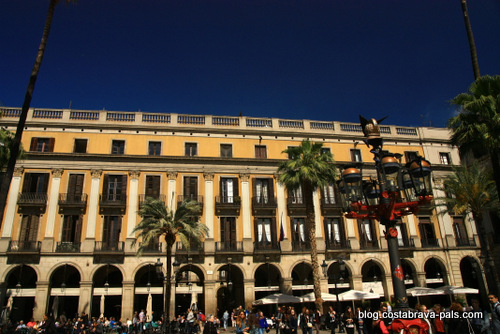 quartier gothique de Barcelone - placa reial