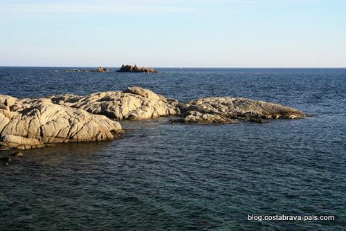 Une épave autour des îles Formigues