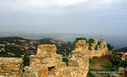 village de Begur - vue du chateau