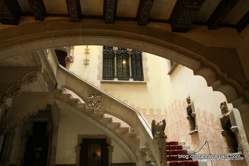 modernisme au-delà de Gaudi à Barcelone - Casa Amatller - CAses singulars
