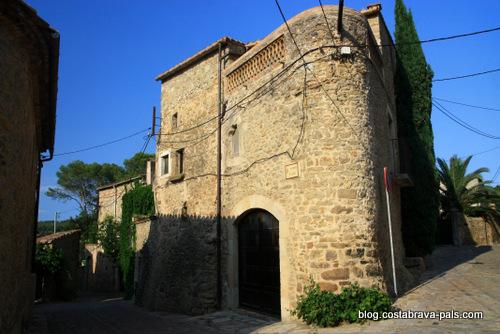 village de la Pera
