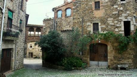 village de la Pera, Pubol