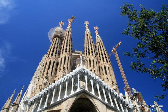 Sagrada falilia gaudi Barcelone