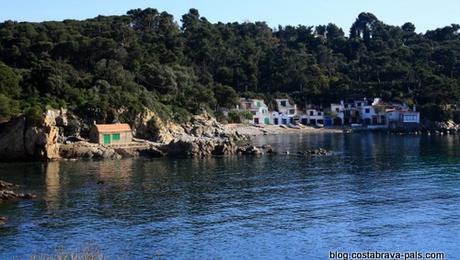 cabanes de pêcheurs sur la Costa Brava - Cala s'alguer
