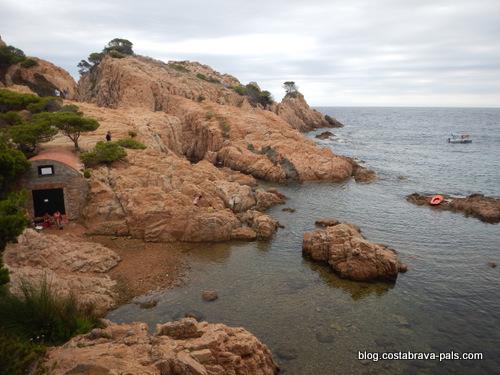 cabanes de pêcheurs sur la Costa Brava - aigua xelida
