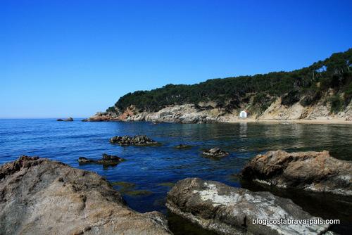 cabanes de pêcheurs sur la Costa Brava - cala estreta