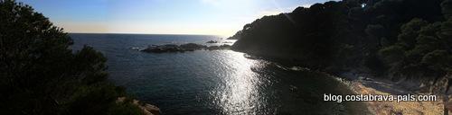 Cala estreta, plages nature