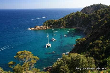 10 joyaux secrets sur la Costa Brava, route entre Tossa de Mar et sant feliu de Guixols