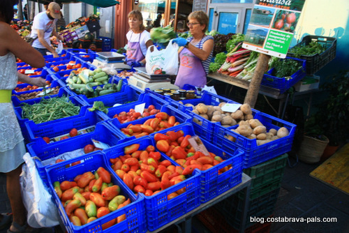 Les marchés de la Costa Brava tomates