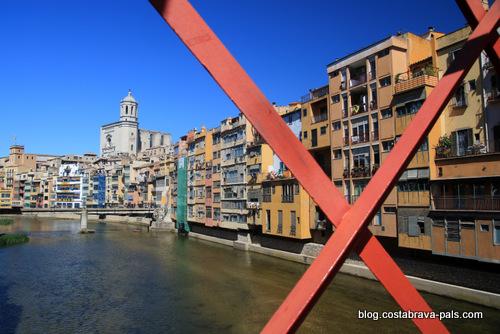 Redécouvrir la Costa Brava et sa Capitale : Gérone