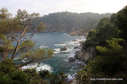 idées reçues sur la Costa Brava - côte rocheuse