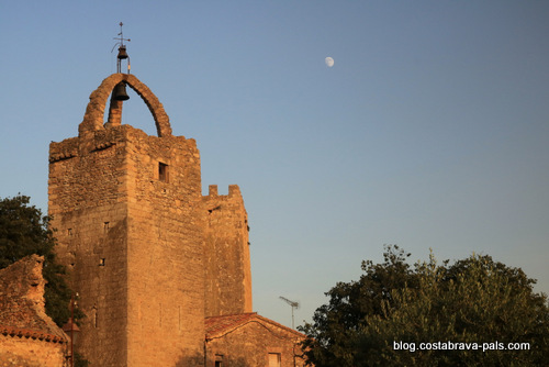 villages médiévaux de la Costa Brava - Paratallada le soir