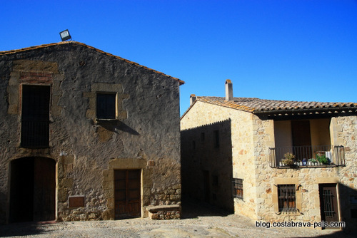 village de Pals espagne -l'hopital