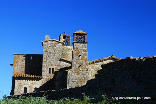 village de Pals espagne - casa pi i figueres
