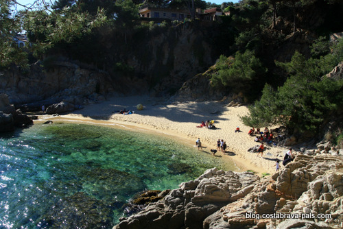 Cala de la Roca del Paller - plus belles plages dela Costa Brava