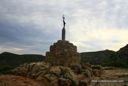 randonnée autour du Castell de Montgri - col santa caterina