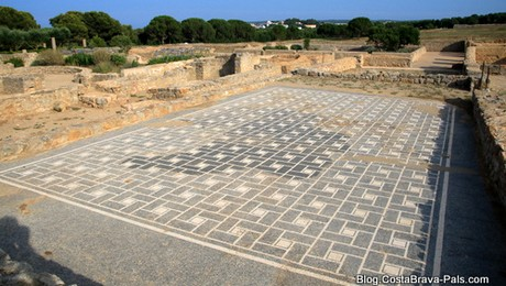 ville romaine d'Empuries, domus mosaique