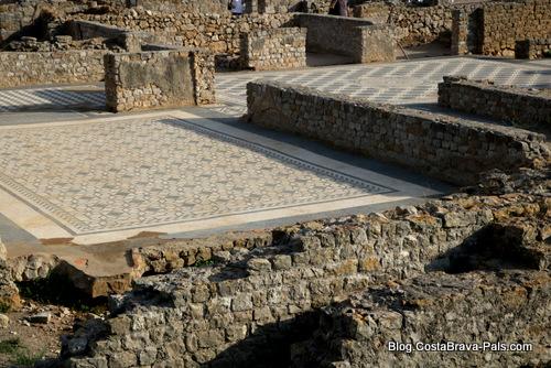 Visiter Empuries - villa romaine