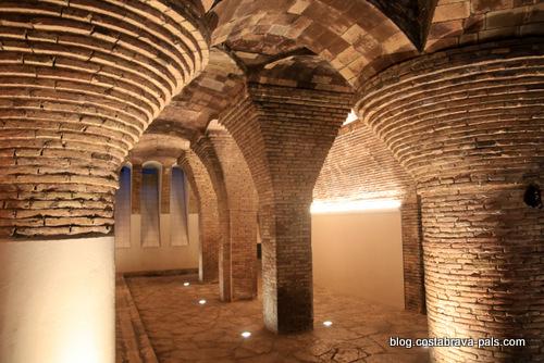 palais Guell à Barcelone - Palau Guell - voutes sous sol