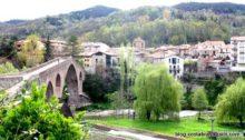 Sant Joan de les Abadesses, un joli village catalan le pont