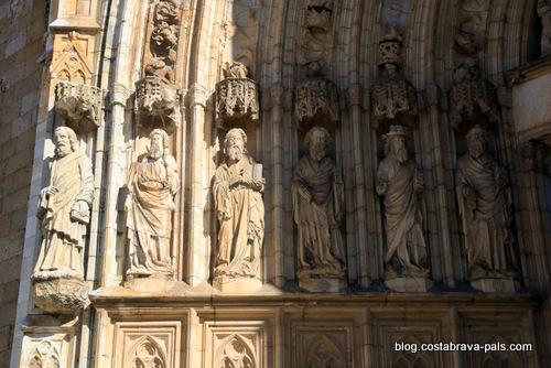 Castello d'Empuries cathédrale